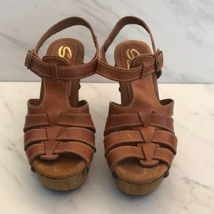 Sbicca Vintage Collection Wooden-heeled sandal